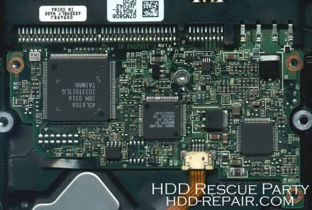 IBM DTLA 07N5808 PATA electronic circuit board
